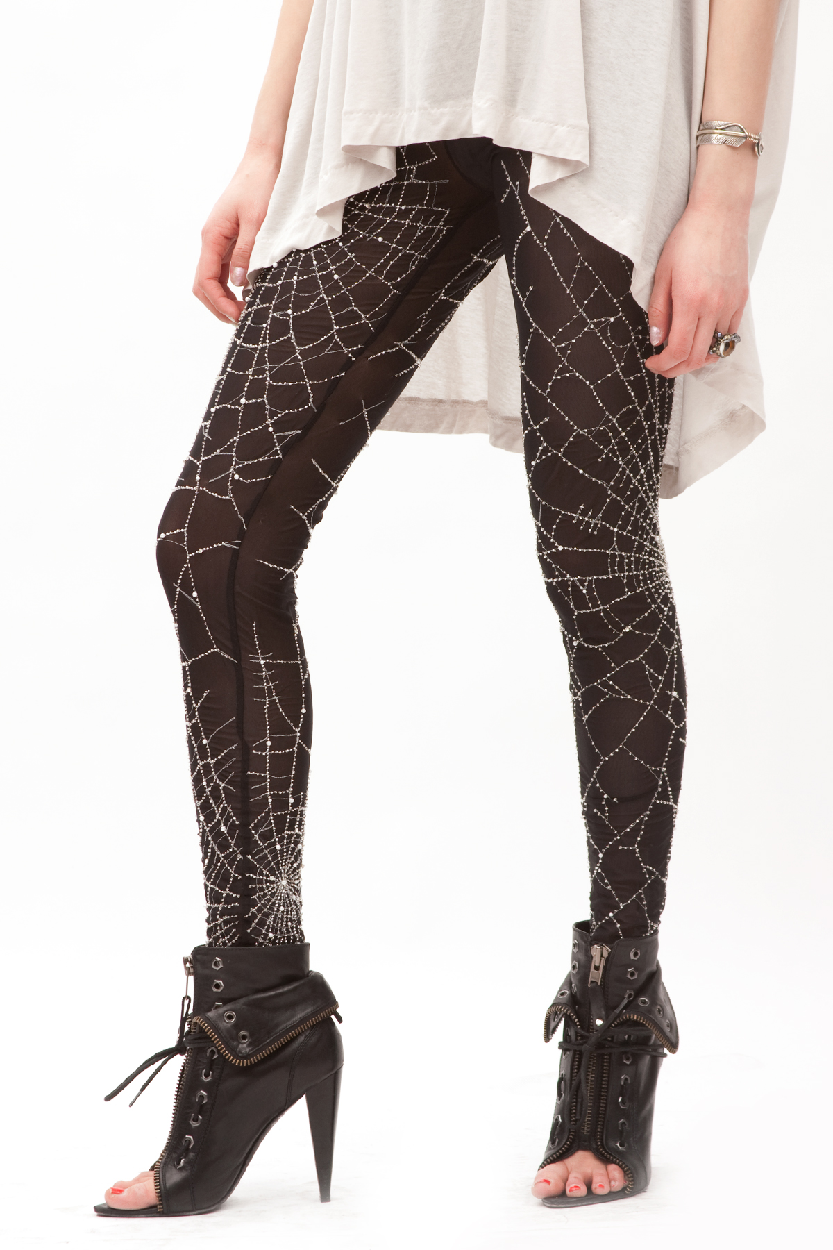 Marjan Pejoski LG04 SPW Embroidery Leggings  Black