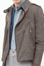 th_15528_4-greyjacket.jpg