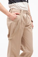 th_17895_4-suspenderpants.jpg