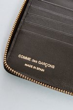 th_22707_5-luxwallet-blk.JPG