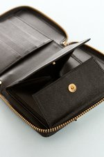 th_22707_6-luxwallet-blk.JPG
