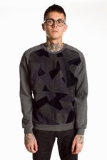 th_23221_2-sweater-pchd.jpg