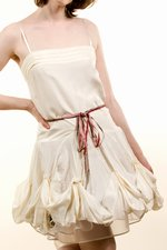 th_7071_4-Ribbon-dress_Beige.jpg