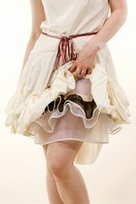 th_7071_6-Ribbon-dress_Beige.jpg