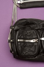 th_7991_Brenda Zip Chain Bag_Black - 2.jpg