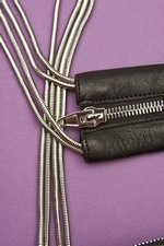 th_7991_Brenda Zip Chain Bag_Black - 4.jpg