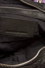 th_7991_Brenda Zip Chain Bag_Black- 6.jpg