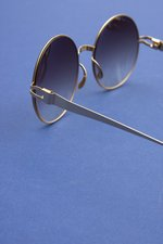 th_8884_BW - Janis Round Sunglasses - 4.jpg