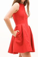 th_8964_6-Twist-Back_Red.jpg