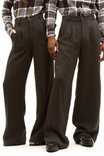 th_9111_1-Pleated-Pant_Char.jpg