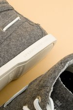 th_9506_Crushed Leather Chukka_Grey - 4.jpg