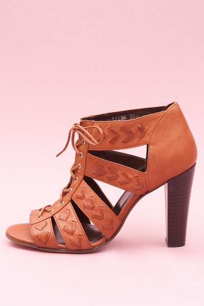 pop_13782_W6 Huarache Heel - Leather Brown_1.jpg