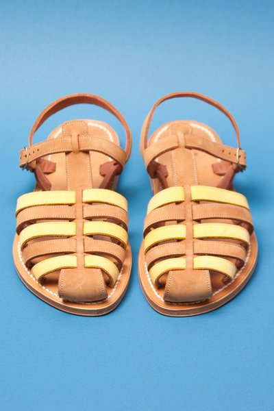 pop_19943_fishermansandals-cuero-1.jpg