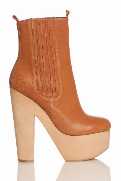 pop_29028_1-heelboot-brown.jpg