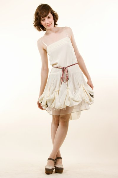 pop_7071_1-Ribbon-dress_Beige.jpg