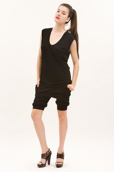 pop_7315_1-black-shorts.jpg