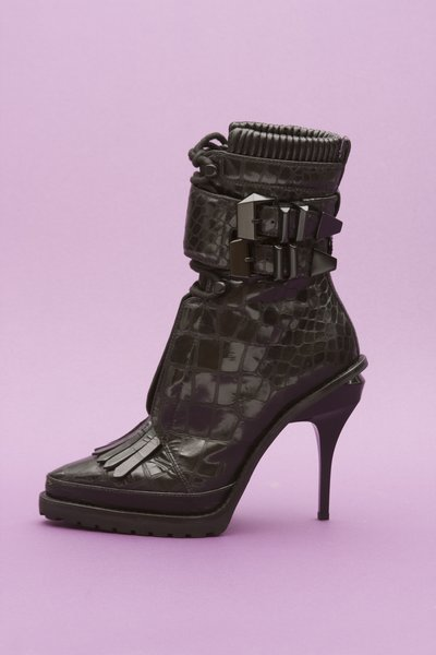 pop_8646_Lara Combat Boot - Moc Croc BLACK - 1.jpg
