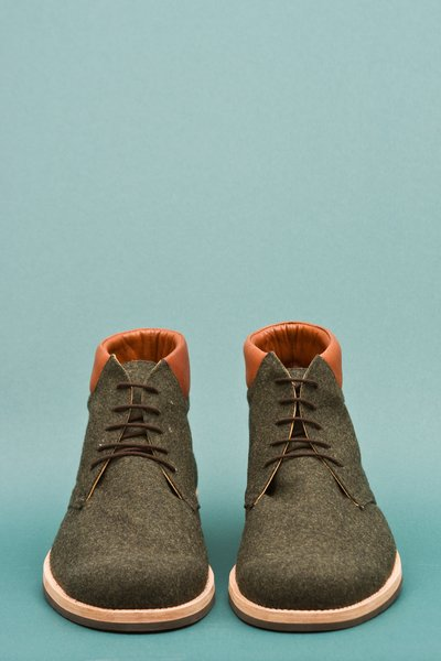 pop_8866_RachelComey_SpencerBackPaddedBoot_moss1.jpg